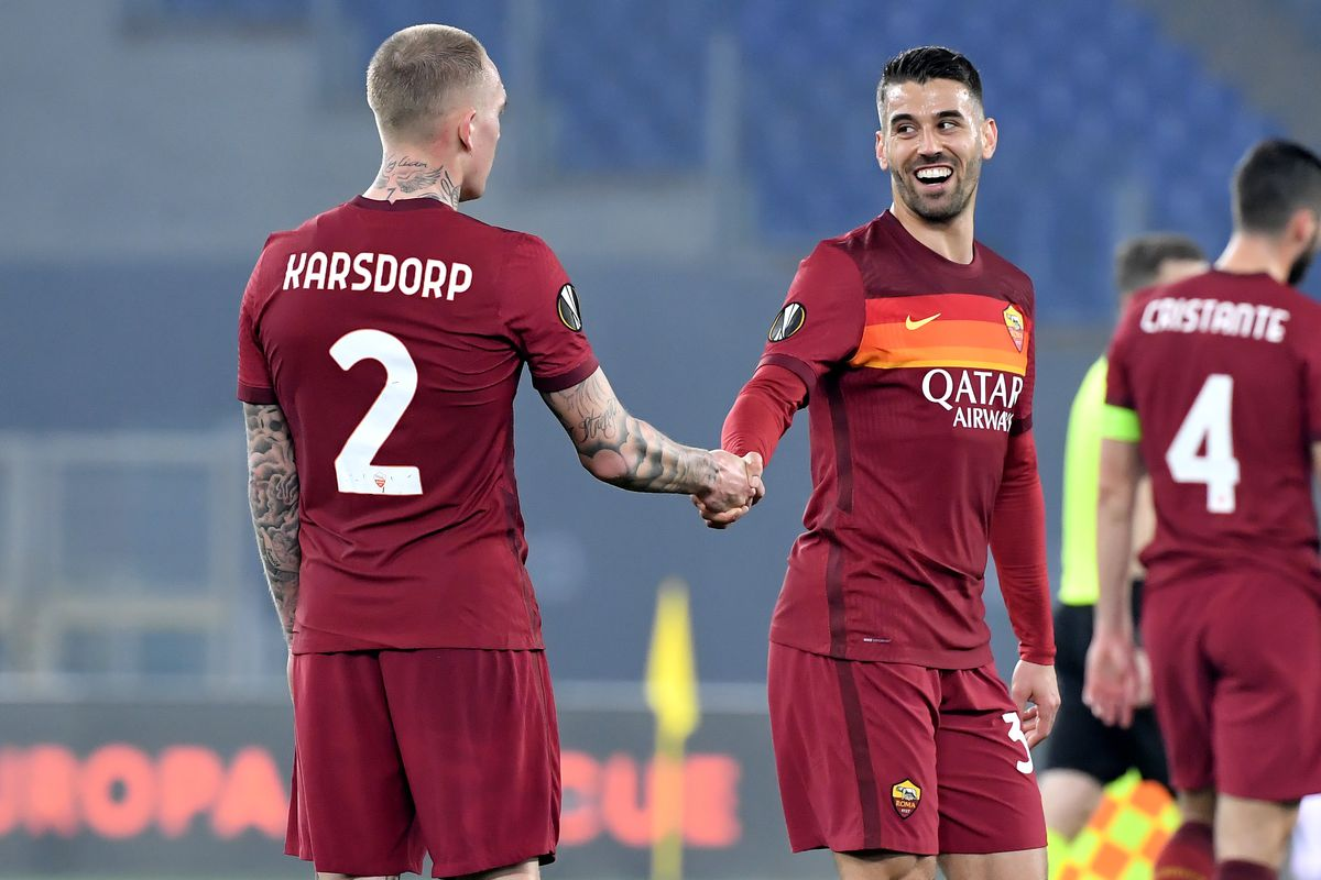 Rick Karsdorp and Leonardo Spinazzola of AS Roma during the...