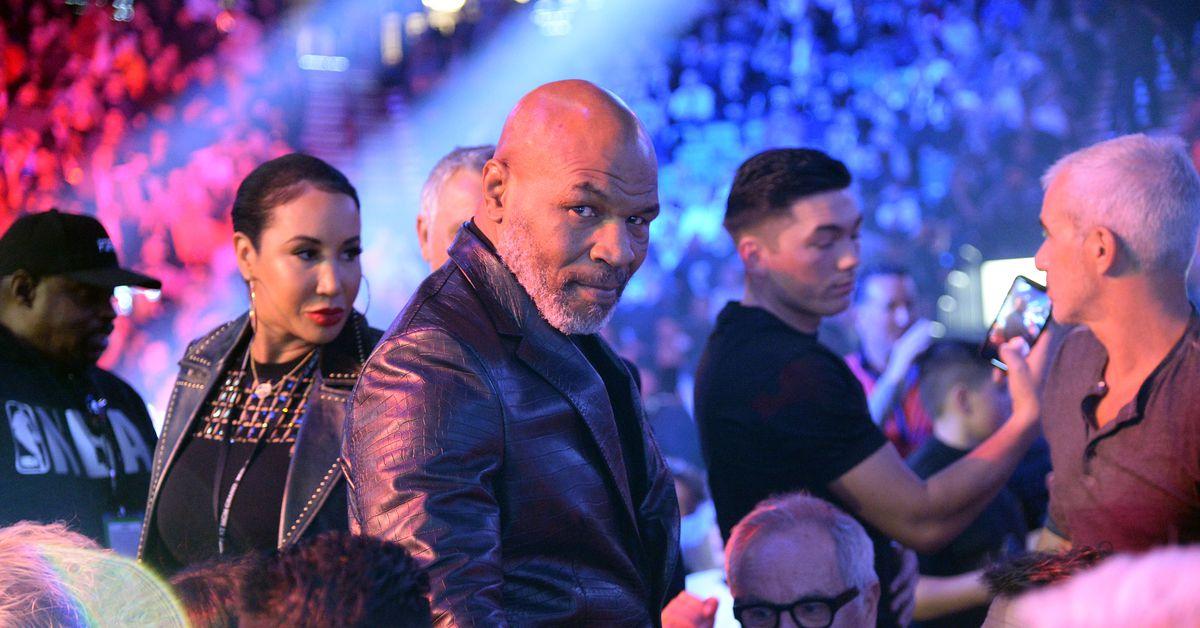 Mike Tyson vs. Roy Jones Jr. fight card