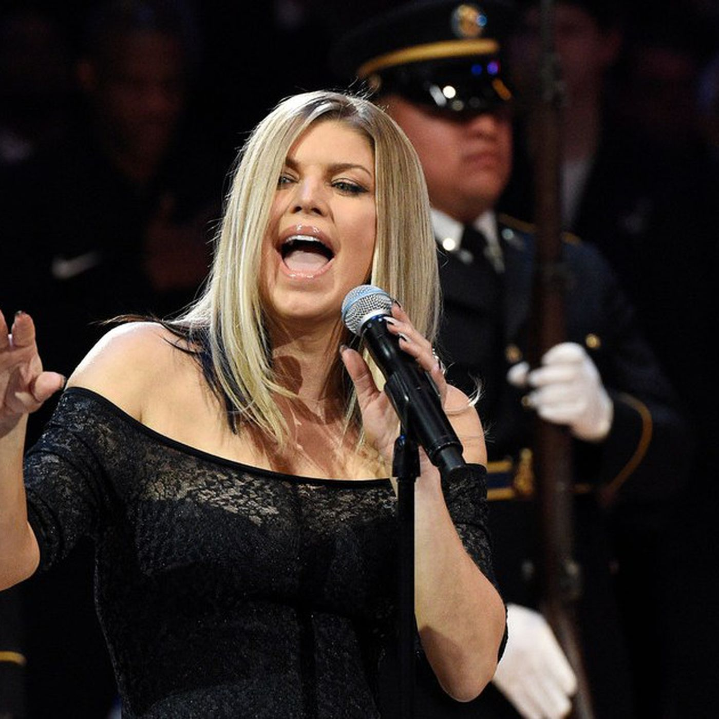 Fergie Roseanne Or Flea Who Performed The Worst National Anthem Of All Time Chicago Sun Times