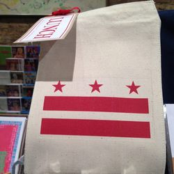 """D.C. lunch bag, $18.99 at <a href=""""https://www.facebook.com/pages/PULP-DC/47290477271"""">Pulp</a>"""