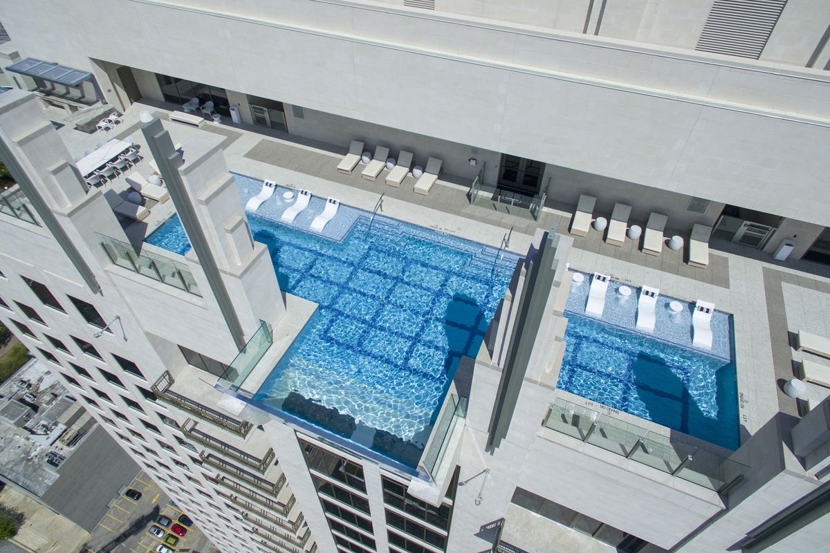 Sky Pool At New Houston High Rise Hangs 500 Feet Above Ground