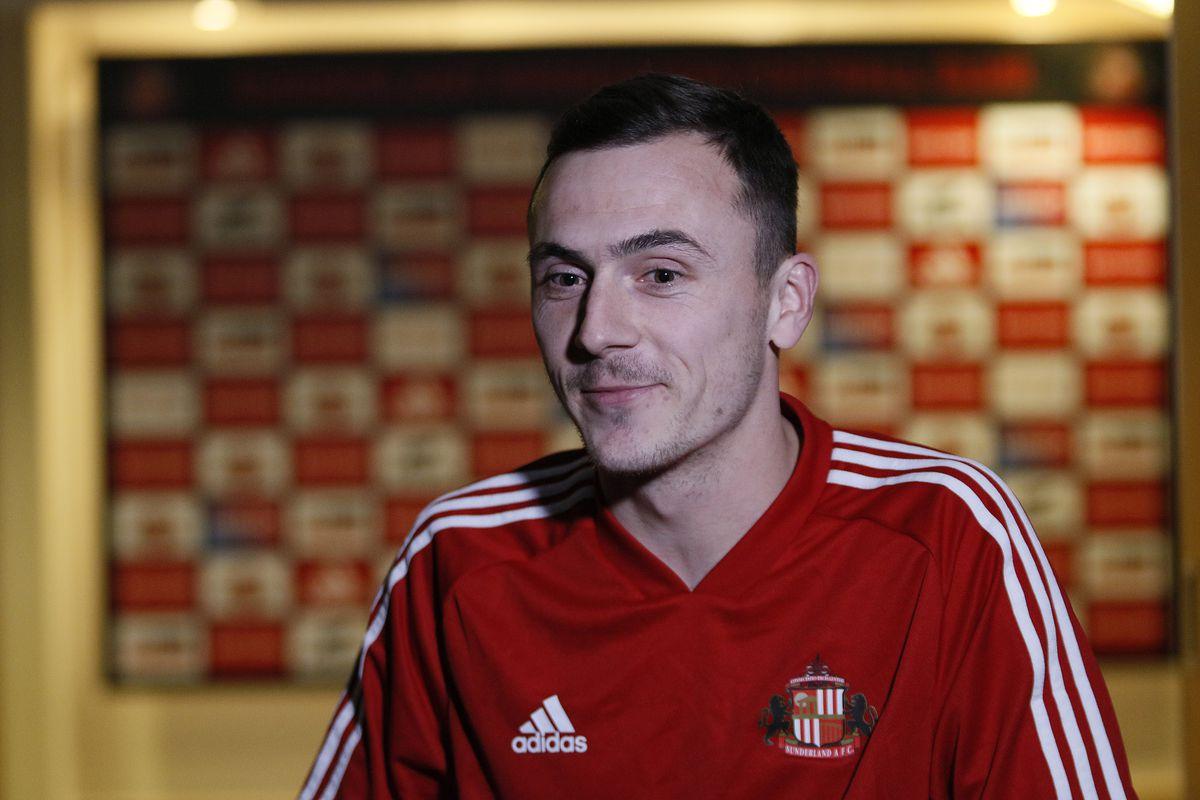 Sunderland Unveil New Signing Josh Scowen