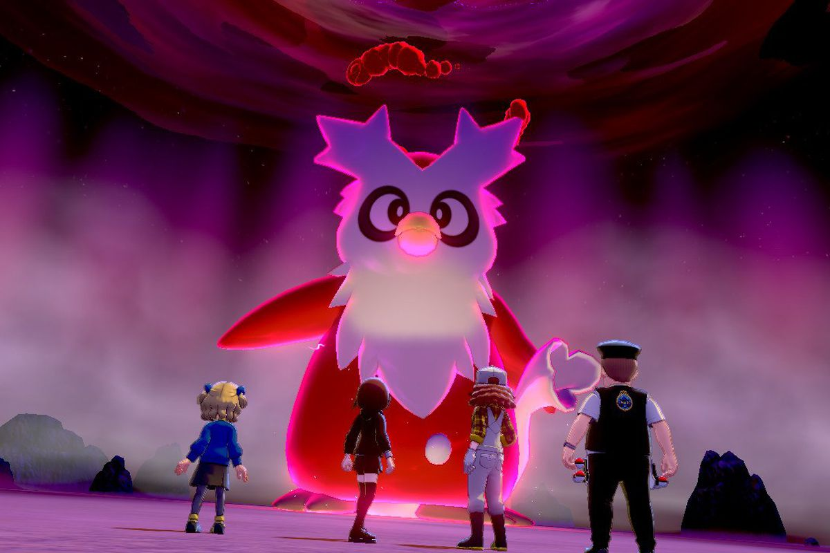 Four Pokémontrainers standing in front of a large Santa owl