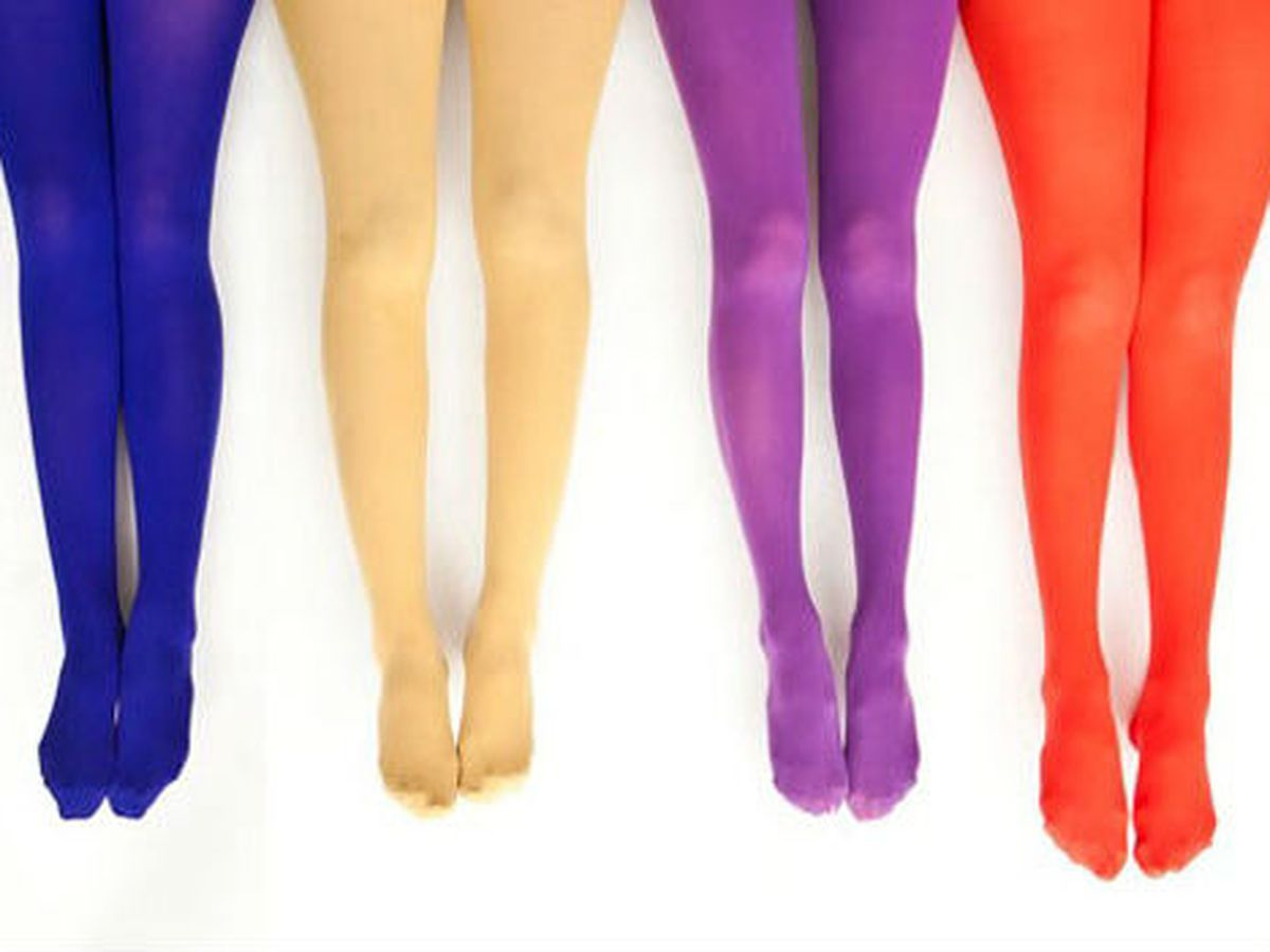 One of the very few SFW tights ads from American Apparel