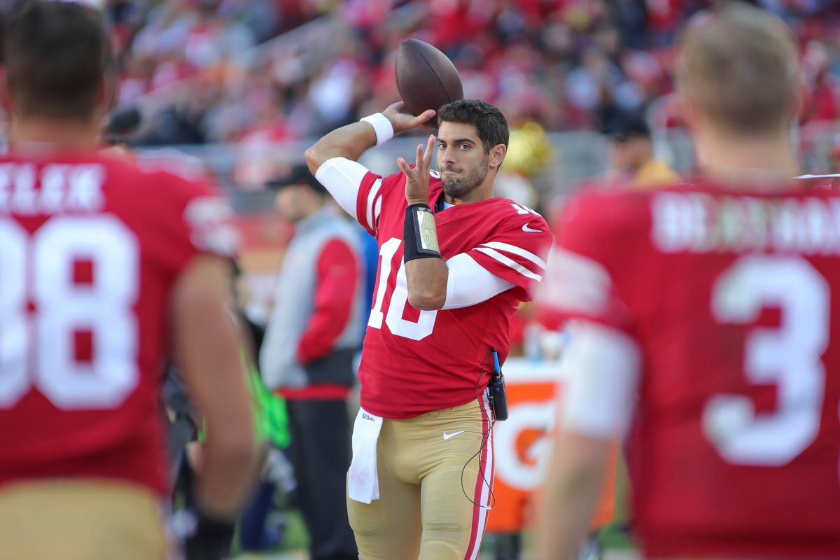 49ers' Jimmy Garoppolo debuts after CJ Beathard takes hard hit