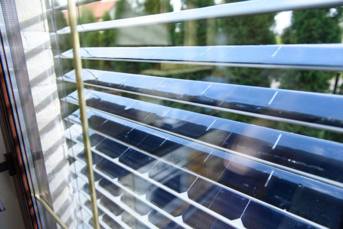 These Solar Panel Window Blinds Generate Energy While