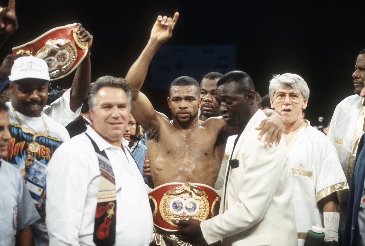IBF Super Middleweight Title Fight - Roy Jones Jr. v Vinny Pazienza