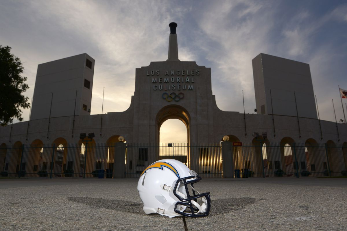 Stop posting pictures of the Chargers helmet in Los Angeles!