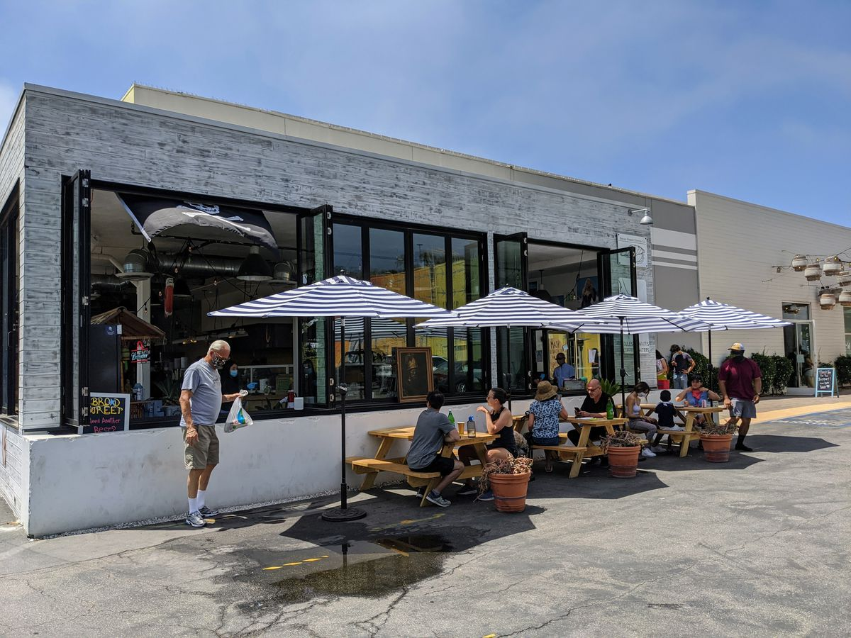 Outdoor seating at Broad Street Oyster Company in Malibu