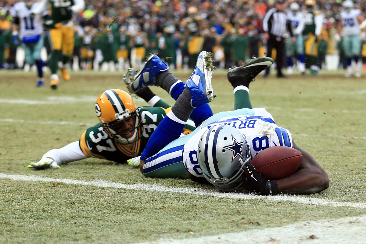 Dez Bryant was ruled not to have caught this pass Sunday.