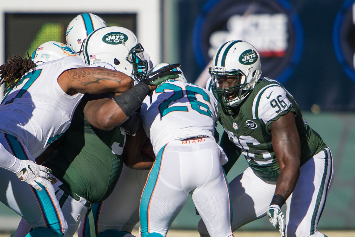 Giants will try to run vs. Jets' defensive line