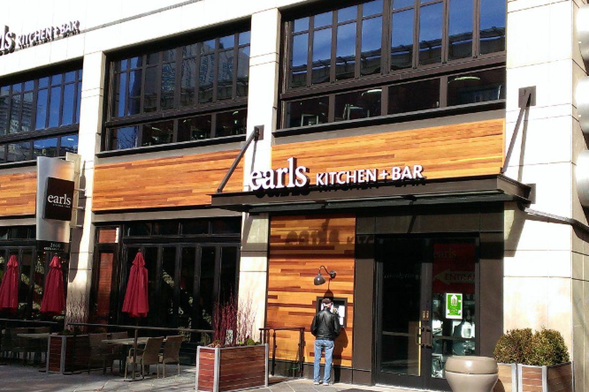 New Design New Menu At Earls Downtown Eater Denver