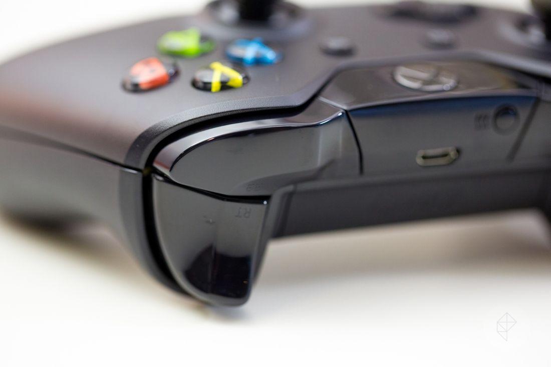 Xbox One console, controller & accessories