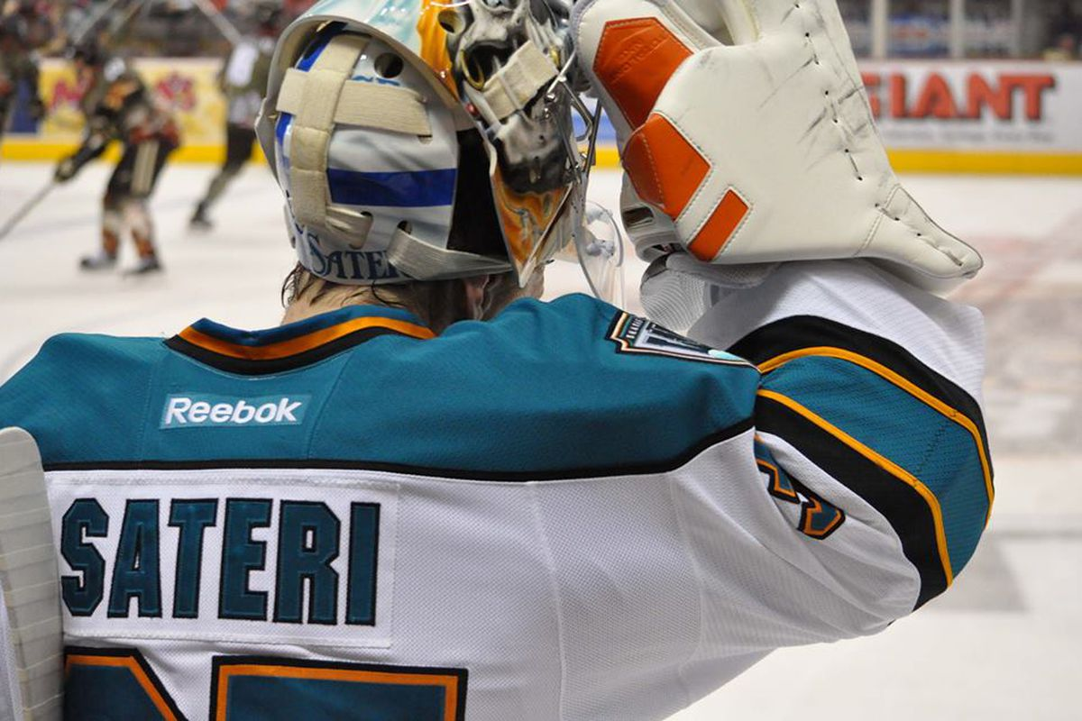 Worcester Sharks goaltender Harri Sateri made 30 saves in the Sharks' 4-0 loss to the Hershey Bears at the Giant Center Sunday evening.