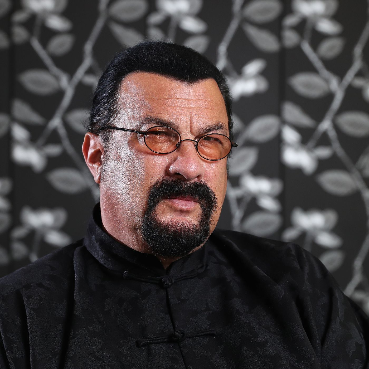 Steven Seagal Settles With Sec Over 2018 Cryptocurrency Promotion The Verge