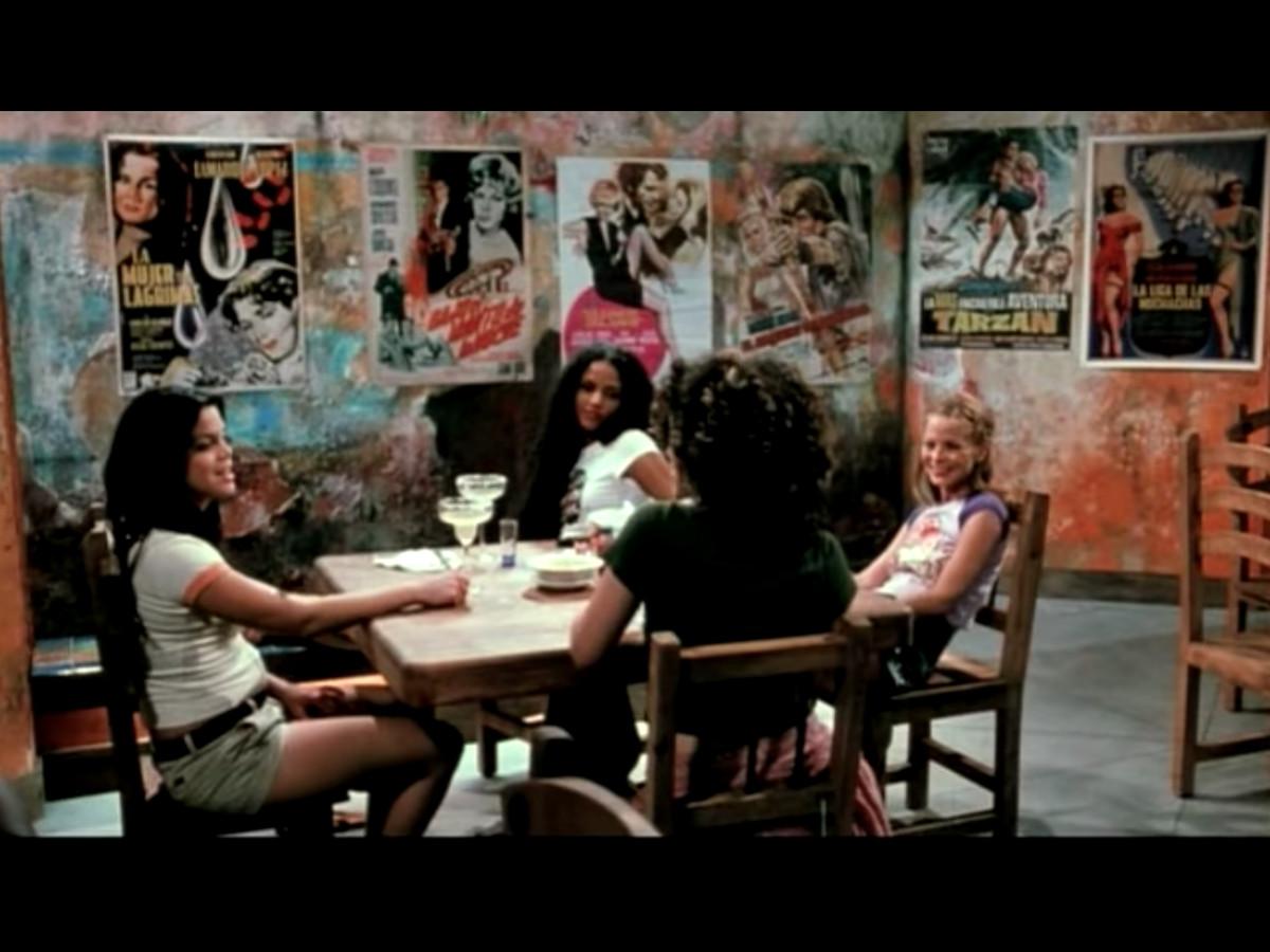 Arlene, Jungle Julia, and Shanna dining at Guero's