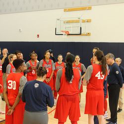 USA Basketball head coach Geno Auriemma speaks to the team after their third practice.