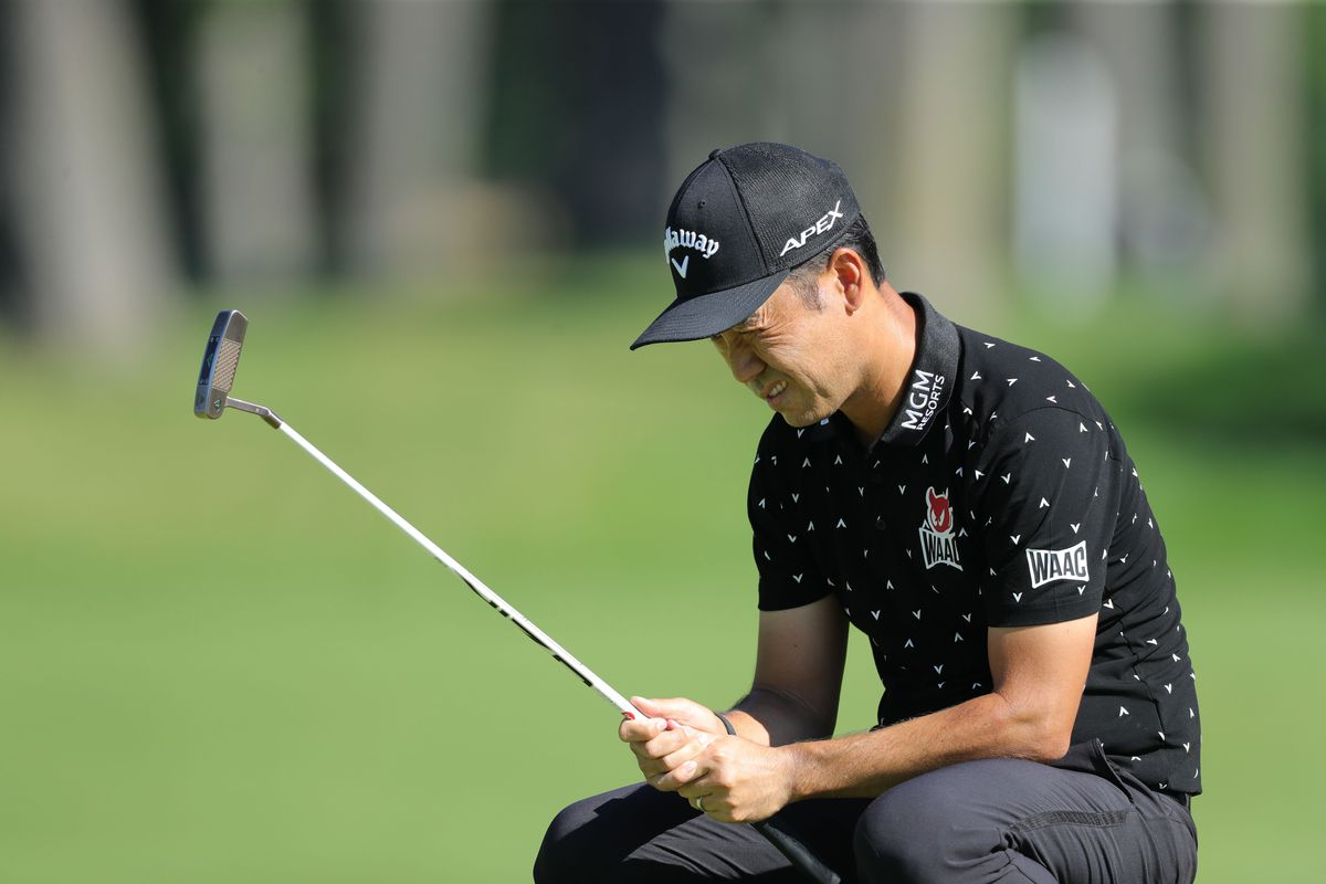 Kevin Na of the United States lines up a putt on the ninth green during the first round of the Rocket Mortgage Classic on July 02, 2020 at the Detroit Golf Club in Detroit, Michigan.