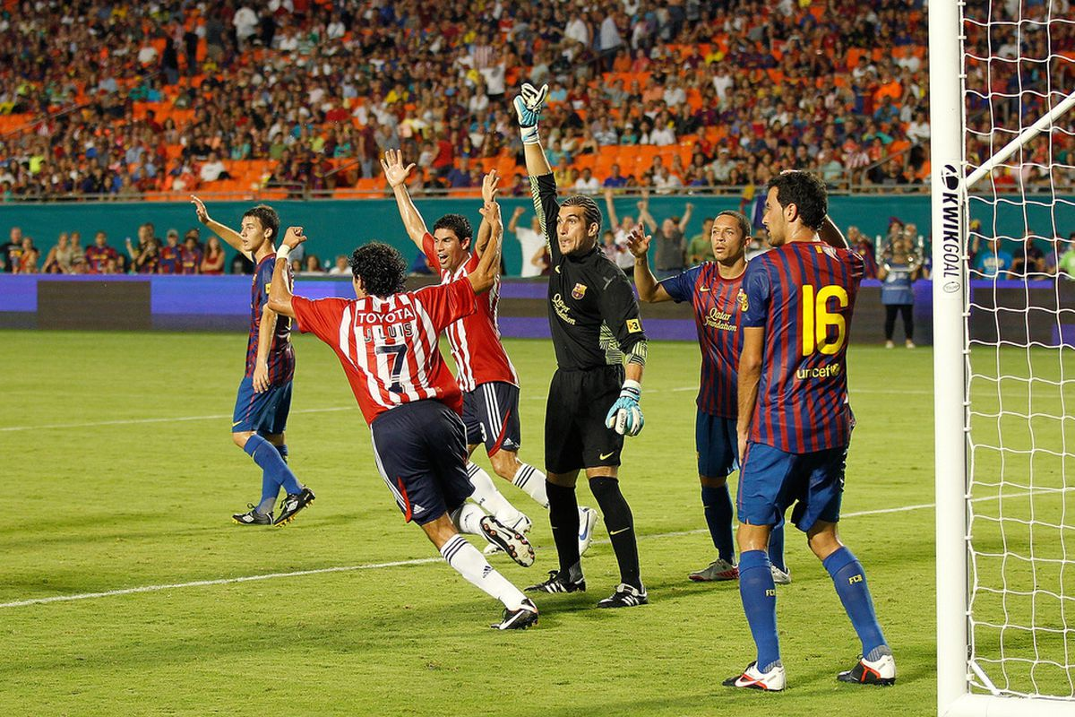 The last hope of a bad defense and a goalkeeping mishap, the linesman.