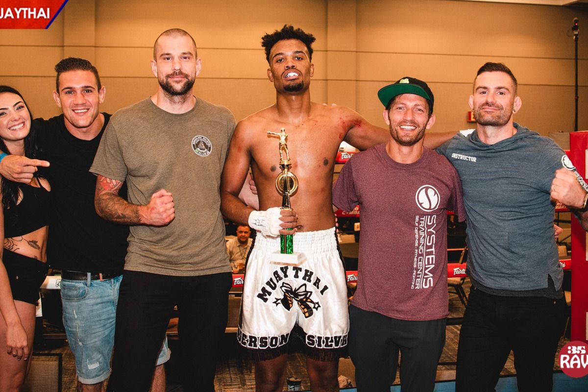 Video: Anderson Silva's son scores TKO win in muay thai debut - MMA