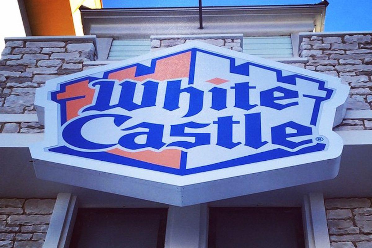 slider alert: here's when white castle opens on the las vegas