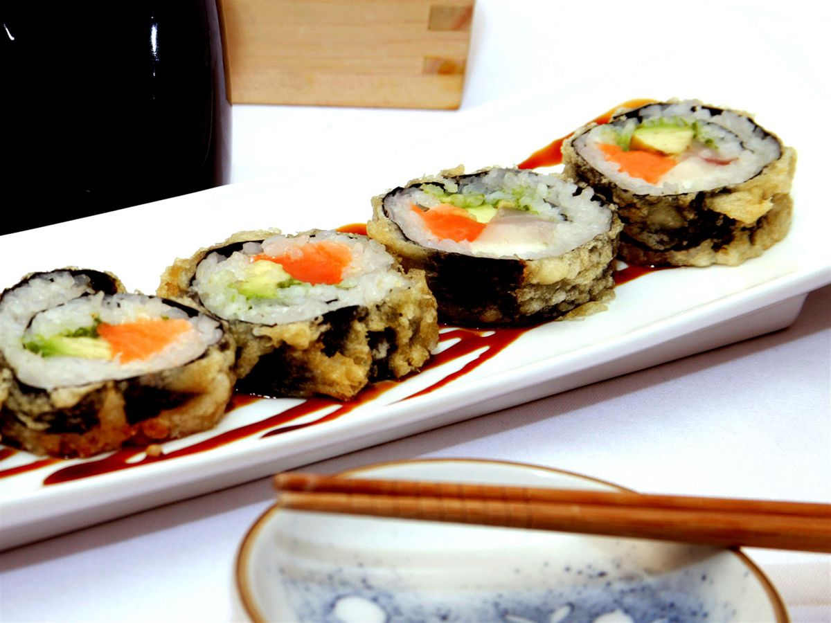 Sushi at Yoki