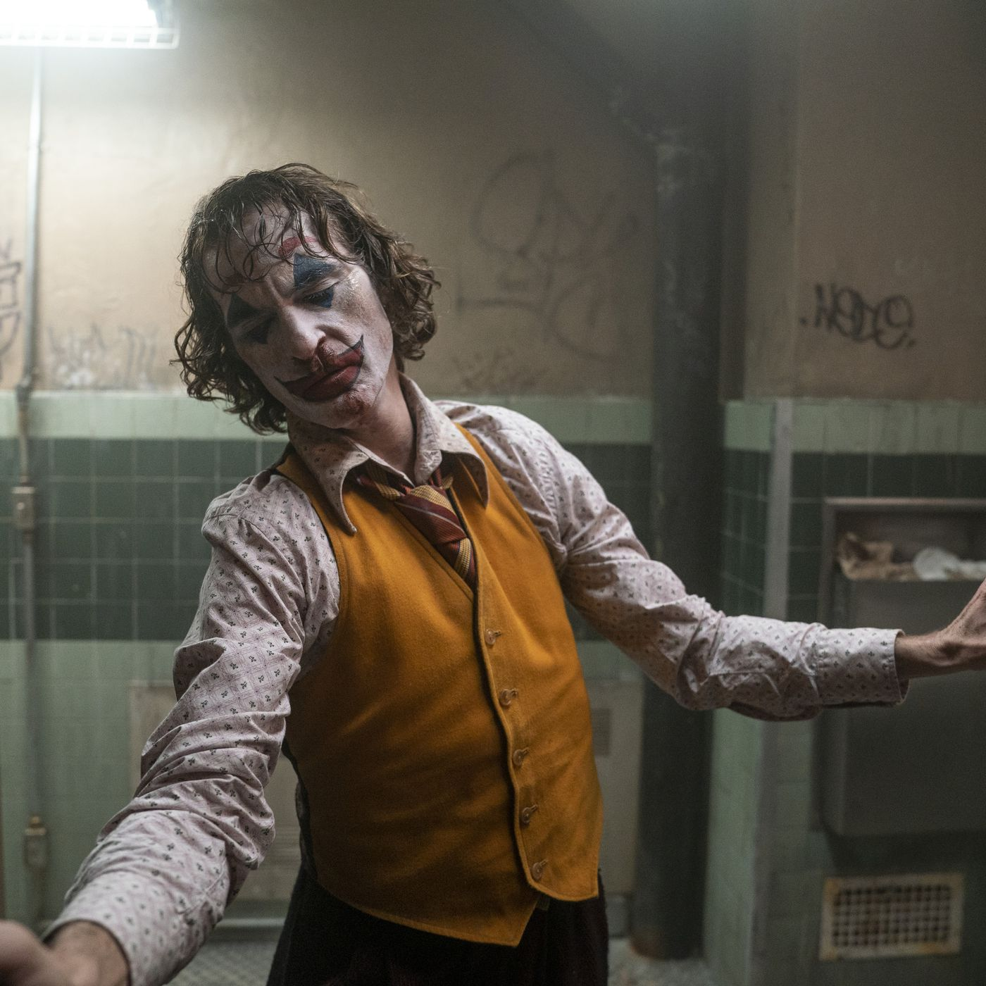 Joker Movie Controversy Why Experts Agree The Film Is A Problem Deseret News