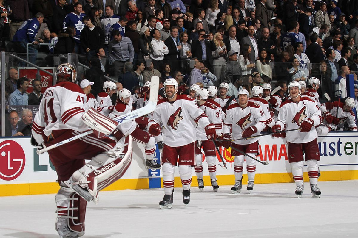 Goaltender Mike Smith #41 and the Phoenix Coyotes celebrate their 3-2 shoot out victory over the Toronto Maple Leafs  at the Air Canada Centre on November 15, 2011 in Toronto, Ontario, Canada.  (Photo by Bruce Bennett/Getty Images)