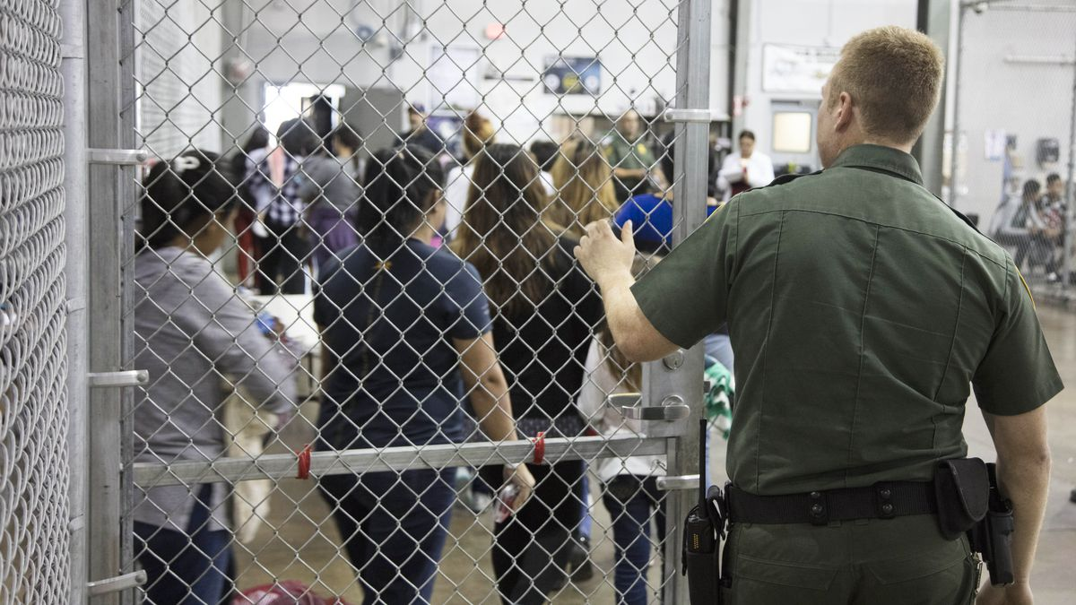 Hasil gambar untuk 'Put in cages' or 'taken care of' How separated immigrant children are housed in detention