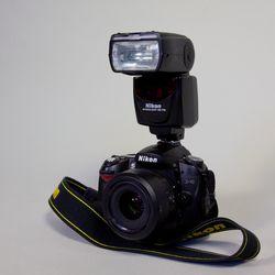 Nikon D90 and SB700