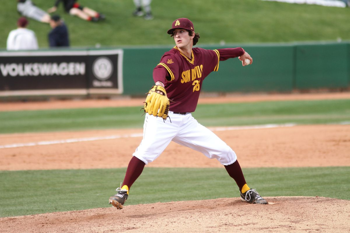 Sophomore starter Brett Lilek threw seven innings to pick up his first victory since March 28th.