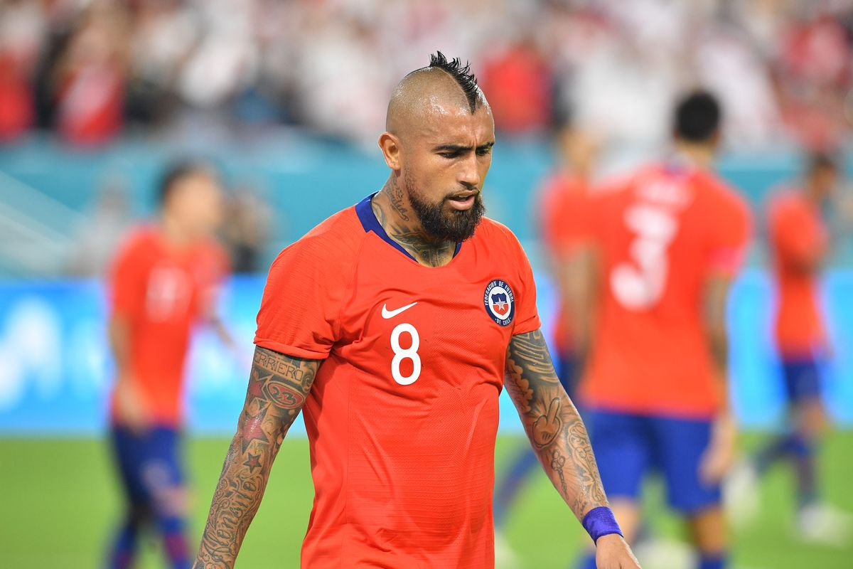 King Arturo And The Nights Of The Crowns Club