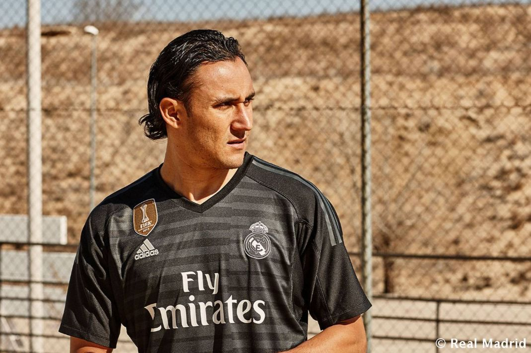 9c42d0feda0 Real Madrid have not revealed their color scheme for the third/alternate  kit they tend to use in the Champions League. The goalkeepers ...