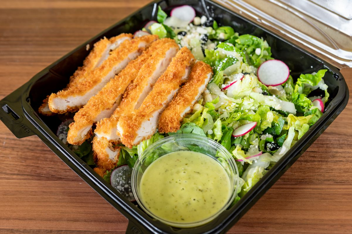 Jalisco chopped salad with chicken