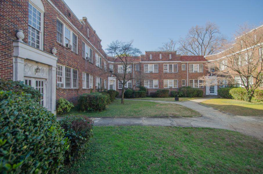 A brick garden-style apartment building in Atlanta.
