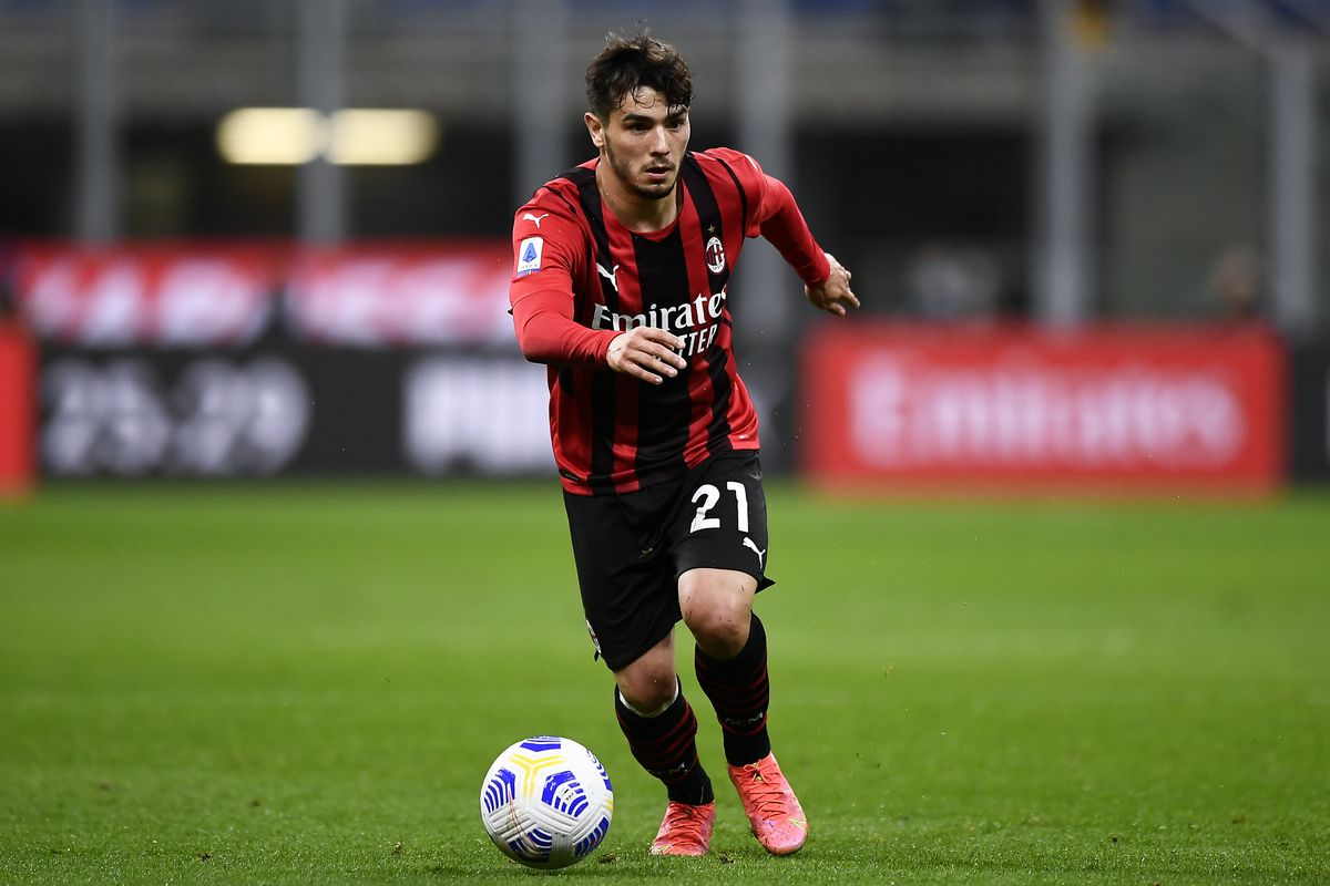 Brahim Diaz of AC Milan in action during the Serie A...