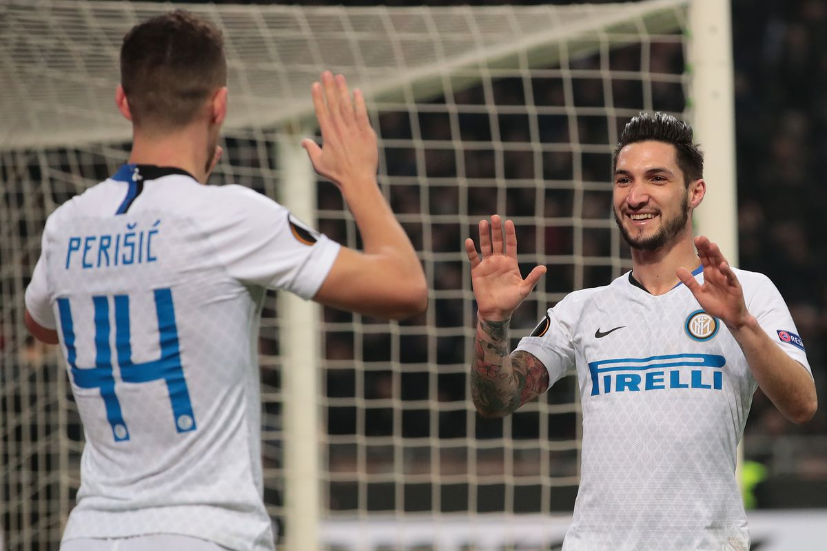 Inter Milan advance in Europa League after 4-0 dismantling