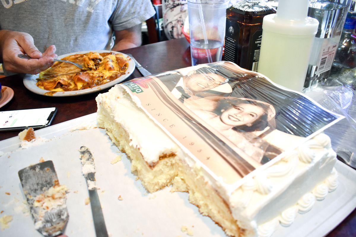 El Patio's cake with Paul and Mary Ann Joseph's wedding photo