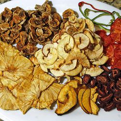 Dried fruits and vegetables keep for long periods, they take up less space than when hydrated and the flavors are often more intense.