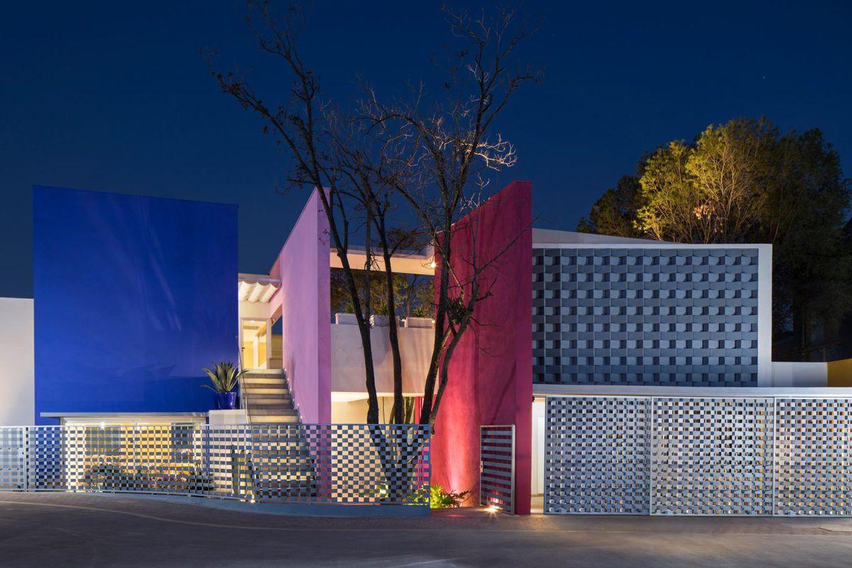 Moneo Brock S Casa Tec 205 Was Inspired By Luis Barrag 225 N