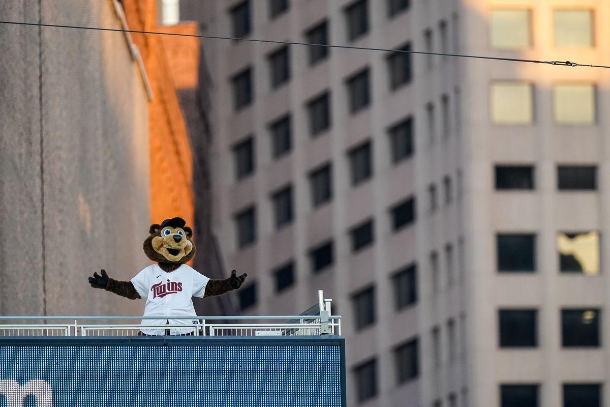 Milwaukee Brewers v Minnesota Twins