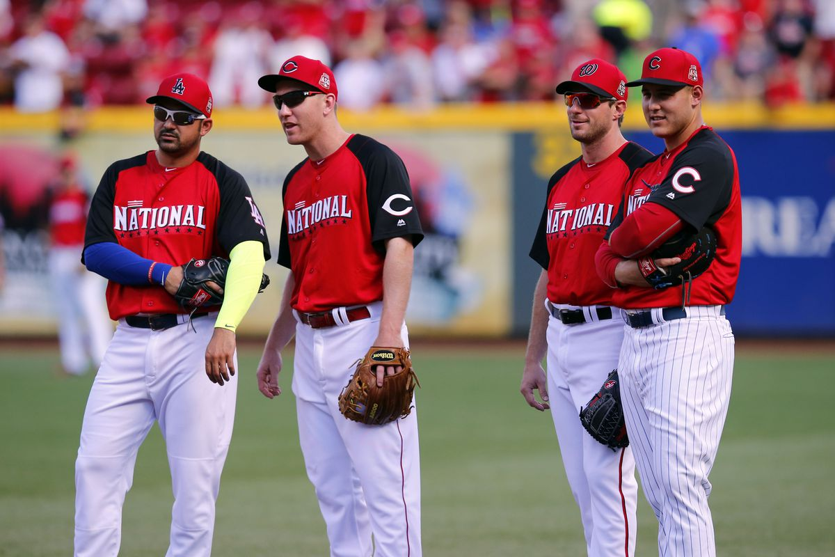 Adrian Gonzalez (far left) and Anthony Rizzo (far right) were both 2015 NL All-Stars at first base.
