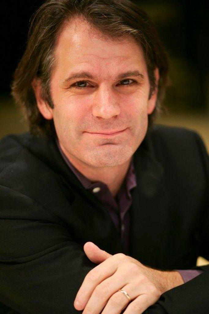 Director Bartlett Sher. (Photo: Team Photogenic)