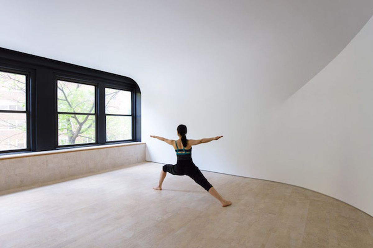 Curvy Minimalist Yoga Studio Aims To Transcend Reality