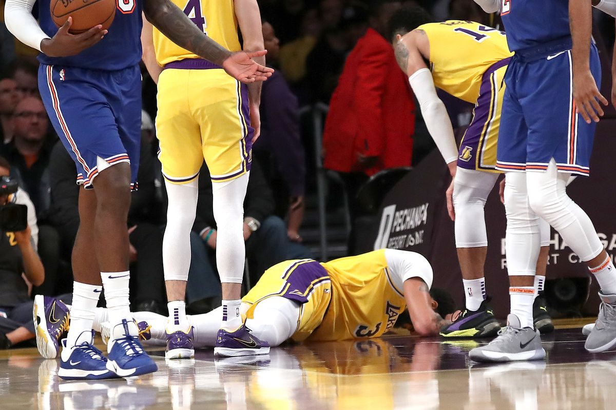 Lakers List Anthony Davis As Questionable Gluteus Maximus