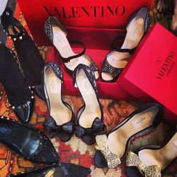 Speer's footwear choices for the Valentino opening event.