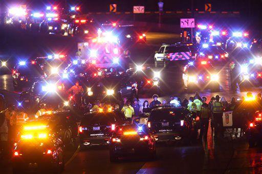 Demonstrators block part of Interstate 94 on Monday, Nov. 16, 2015, in Minneapolis. | Jeff Wheeler/Star Tribune via AP