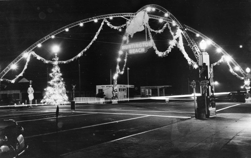 Huntington Beach Christmas lights