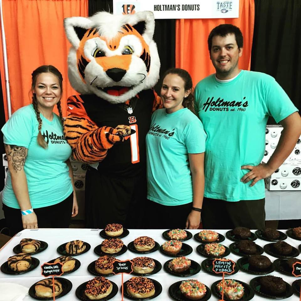 Holtman's Donuts Taste of the NFL