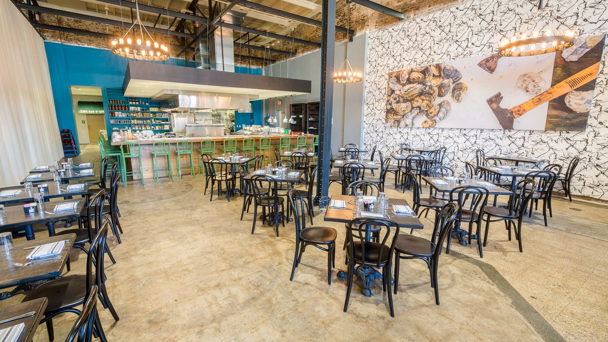 a look inside toups south new orleans 39 new pork chop powerhouse eater new orleans. Black Bedroom Furniture Sets. Home Design Ideas
